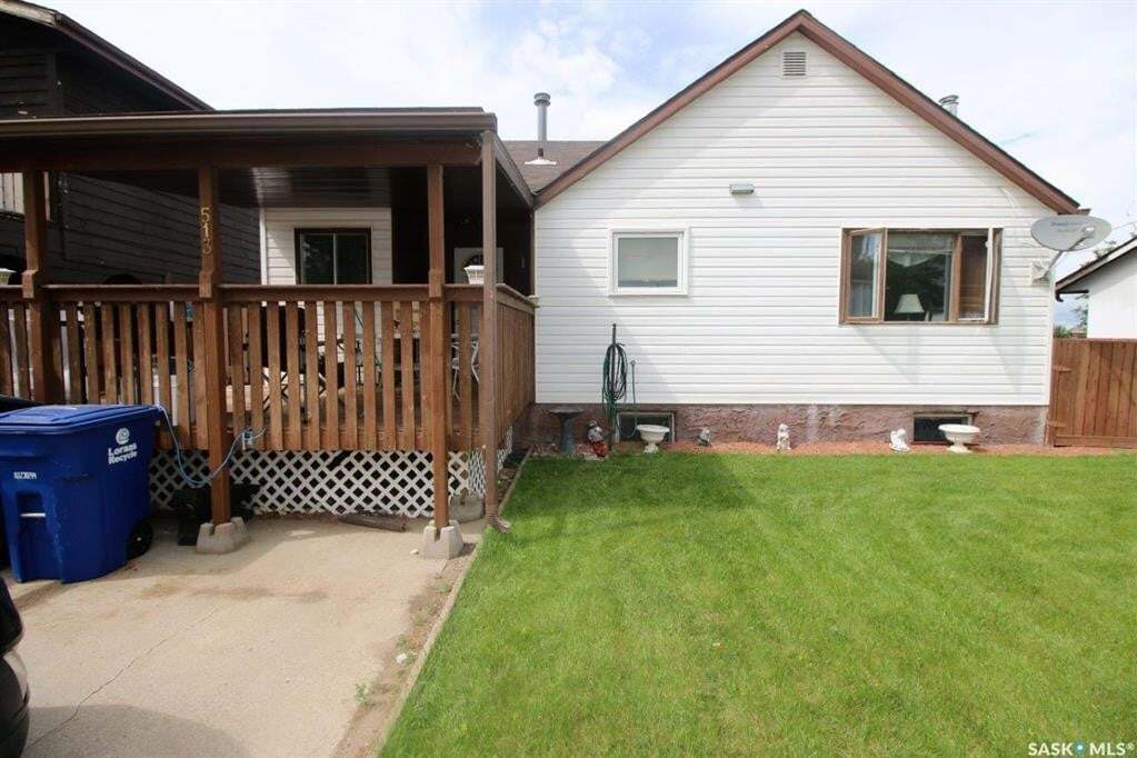 House for sale at 513 Highway Dr Spiritwood Saskatchewan - MLS: SK814300
