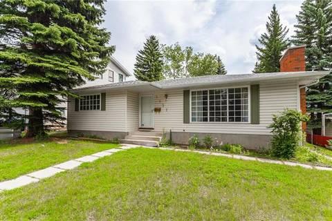 House for sale at 5131 Dalham Cres Northwest Calgary Alberta - MLS: C4233090