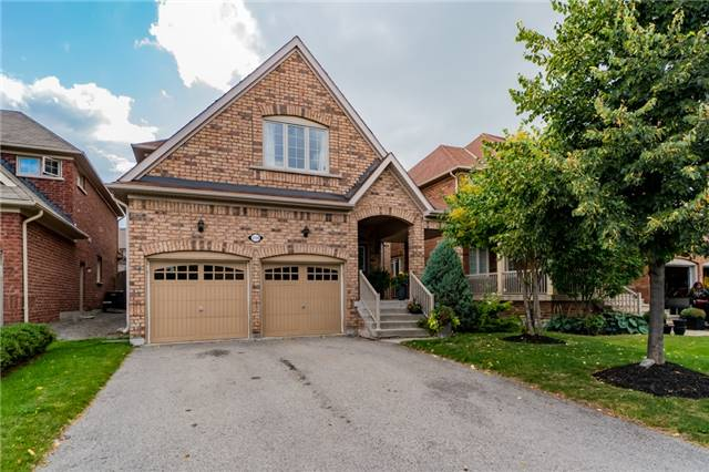 For Sale: 5138 Ancient Stone Avenue, Mississauga, ON | 4 Bed, 3 Bath House for $1,288,000. See 20 photos!