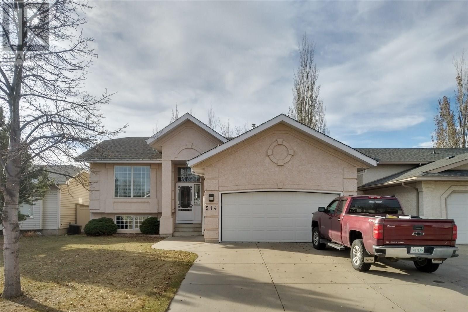 House for sale at 514 Haslam Cres Saskatoon Saskatchewan - MLS: SK839214