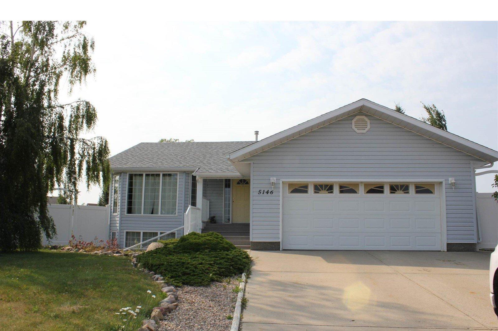House for sale at 5146 59 Av Elk Point Alberta - MLS: E4195131