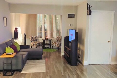 Apartment for rent at 135 Hillcrest Ave Unit 515 Mississauga Ontario - MLS: W4998444