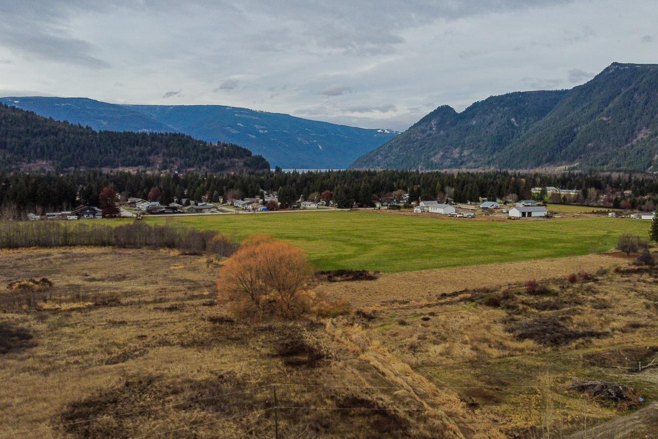 Home for sale at 515 Holly Ave Sicamous British Columbia - MLS: 10220355