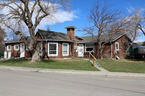 House for sale at 515 Indian St Pincher Creek Alberta - MLS: LD0164620