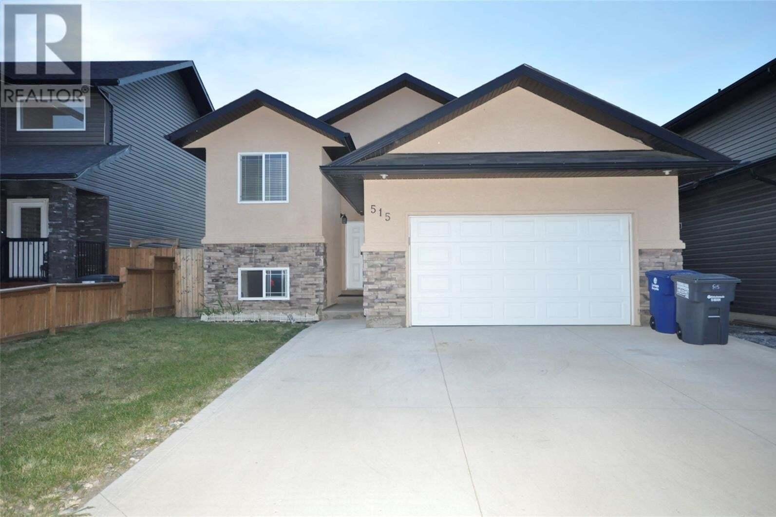 House for sale at 515 Klassen Cres Saskatoon Saskatchewan - MLS: SK824548