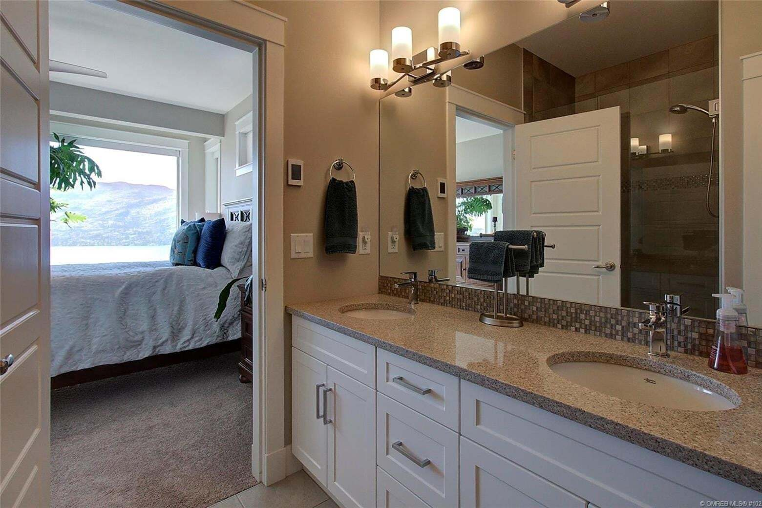 5165 Trepanier Bench Road, Peachland | Image 2