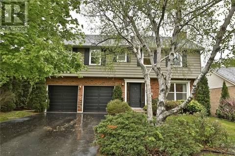 517 Anthony Drive, Oakville | Image 2