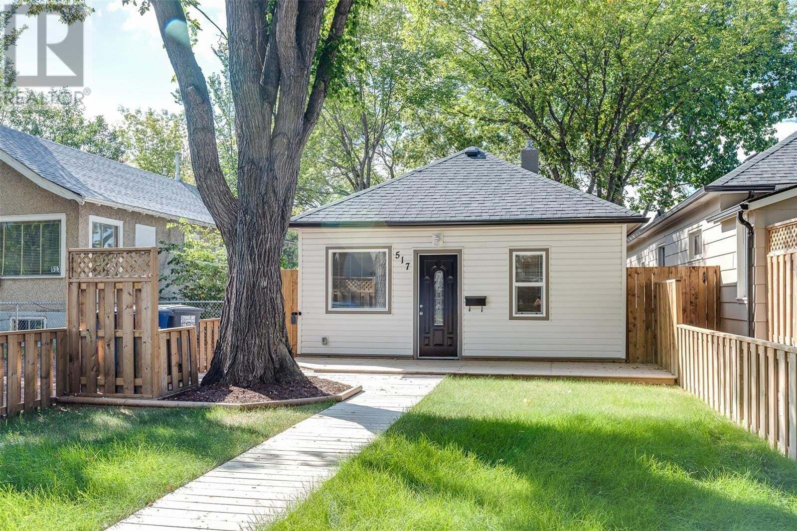 House for sale at 517 K Ave N Saskatoon Saskatchewan - MLS: SK826525