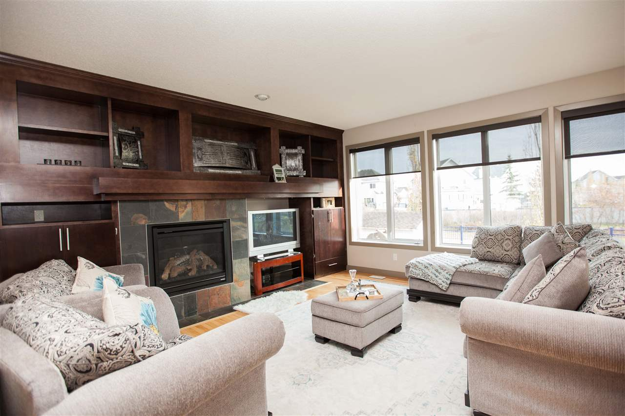 For Sale: 517 Stewart Crescent, Edmonton, AB | 4 Bed, 2 Bath House for $619,888. See 22 photos!