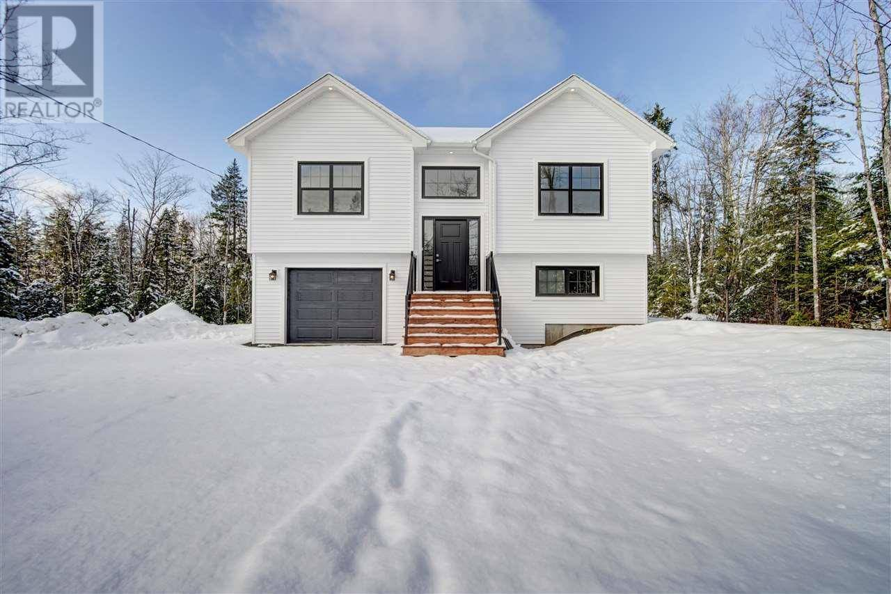 House for sale at 276 Bearpaw Dr Unit 518 Beaver Bank Nova Scotia - MLS: 202002137