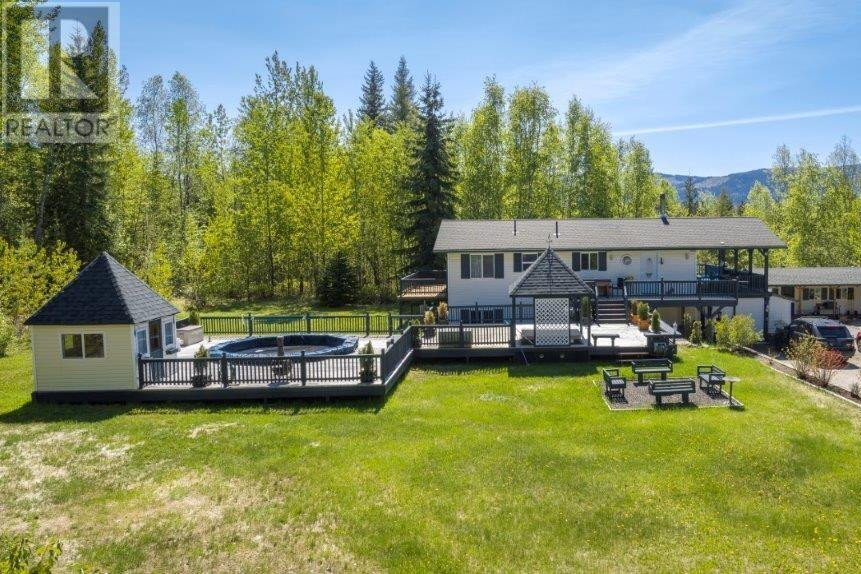 House for sale at 5188 Clearwater Valley Rd Clearwater British Columbia - MLS: 158414