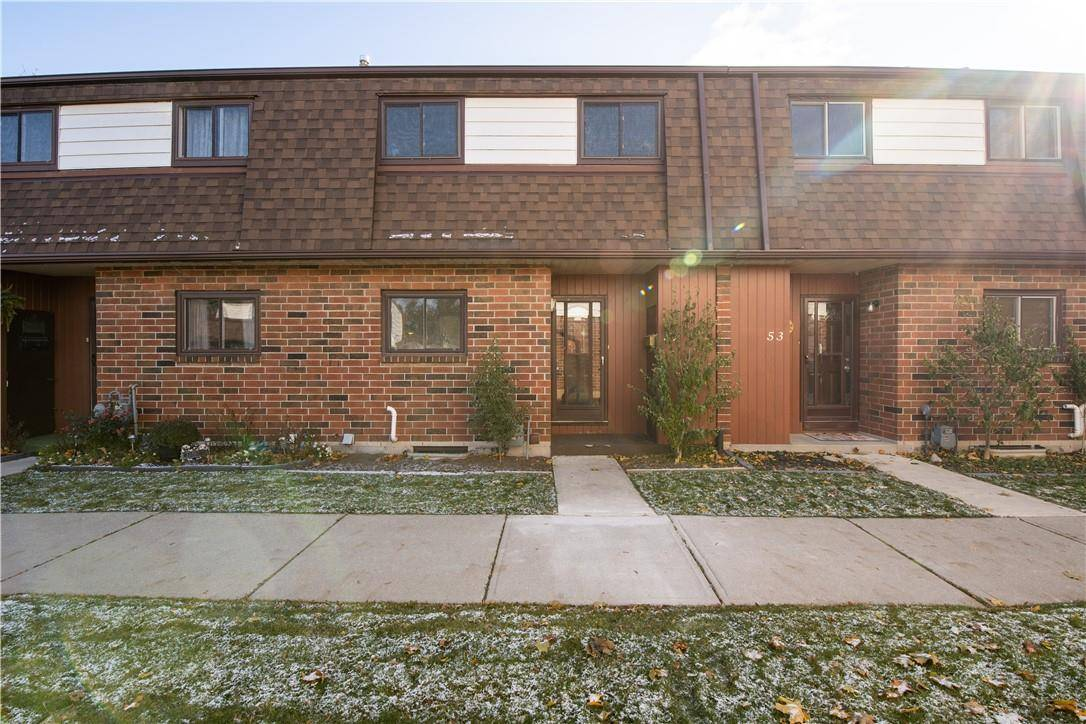 Townhouse for sale at 1350 Garth St Unit 52 Hamilton Ontario - MLS: H4067955
