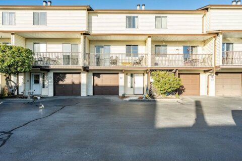 Townhouse for sale at 27272 32 Ave Unit 52 Langley British Columbia - MLS: R2527718