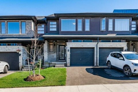 Townhouse for rent at 30 Times Square Blvd Unit 52 Hamilton Ontario - MLS: X4968103