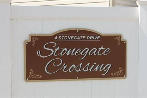 Townhouse for sale at 4 Stonegate Dr Northwest Unit 52 Airdrie Alberta - MLS: C4243041