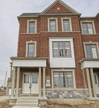 Townhouse for rent at 52 Brushwood Dr Brampton Ontario - MLS: W4477367