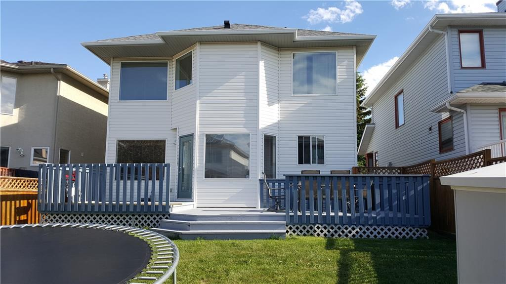 For Sale: 52 Citadel Close Northwest, Calgary, AB | 3 Bed, 2 Bath House for $429,900. See 29 photos!
