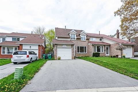 Townhouse for sale at 52 Courtleigh Sq Brampton Ontario - MLS: W4689585