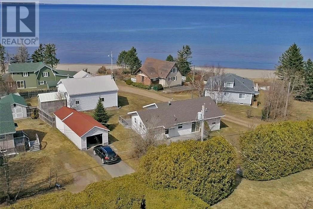 House for sale at 52 King George  Pointe Du Chene New Brunswick - MLS: M128115