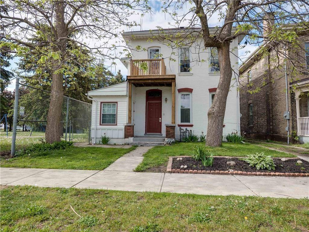 House for sale at 52 Marlborough St Brantford Ontario - MLS: H4059423