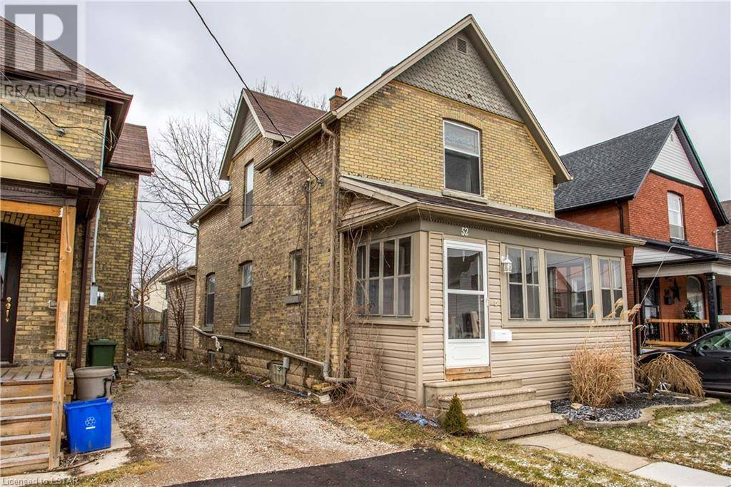 House for sale at 52 Myrtle St St. Thomas Ontario - MLS: 240074
