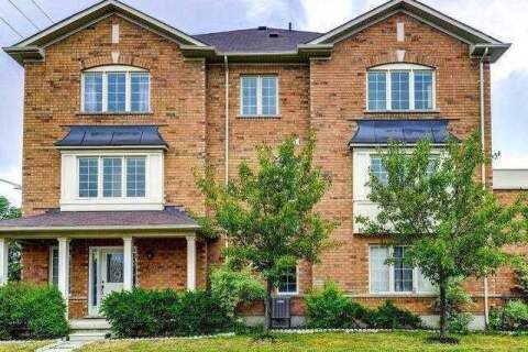 Townhouse for sale at 52 Peach Dr Brampton Ontario - MLS: W4858961