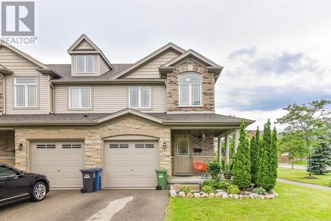 Townhouse for sale at 52 Waterford Dr Guelph Ontario - MLS: 30748469