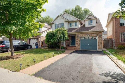 House for sale at 52 Worthington Ave Brampton Ontario - MLS: W4972846