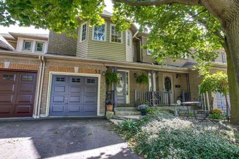 Townhouse for sale at 52 Zachary Pl Whitby Ontario - MLS: E4912382