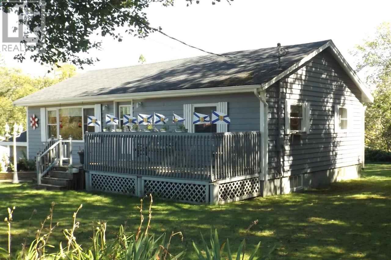 House for sale at 520 Beaver River Rd Cedar Lake Nova Scotia - MLS: 202019688