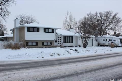 House for sale at 520 Dalgliesh Dr Regina Saskatchewan - MLS: SK798730