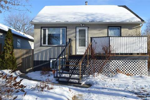 House for sale at 520 L Ave N Saskatoon Saskatchewan - MLS: SK798389