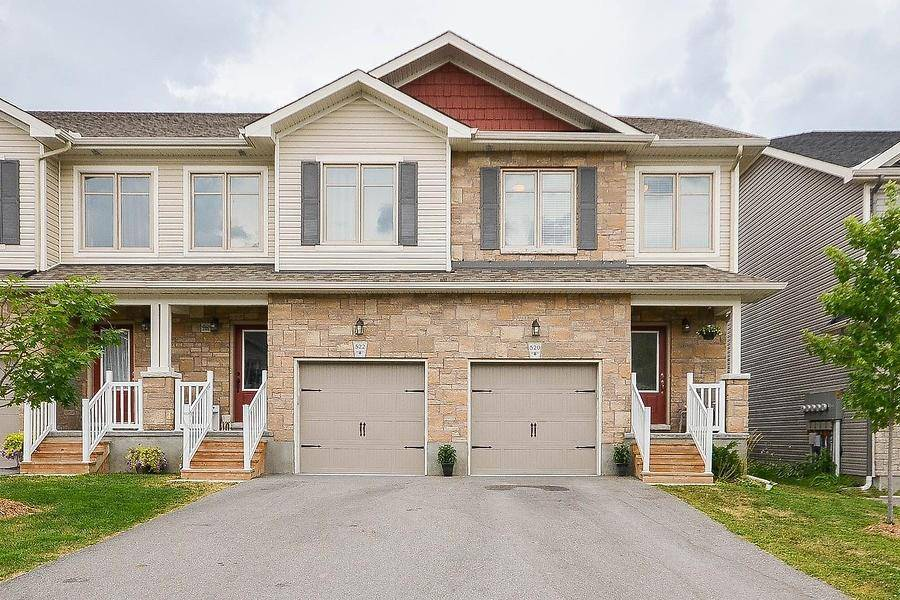 Townhouse for sale at 520 Stanley Brothers St Almonte Ontario - MLS: 1163471