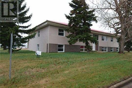 Residential property for sale at 5202 51 Ave Castor Alberta - MLS: ca0188255