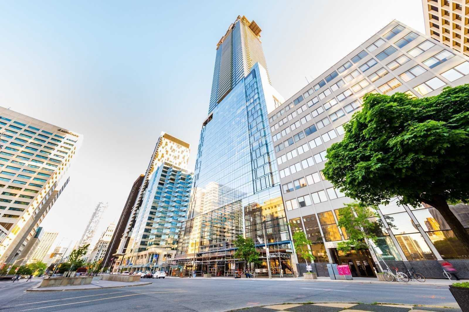 For Rent: 5203 - 488 University Avenue, Toronto, ON   2 Bed, 2 Bath Condo for $3050.00. See 18 photos!