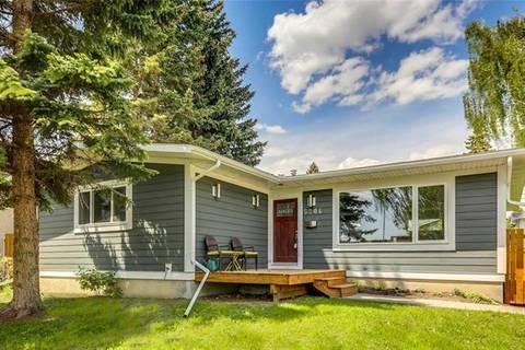 House for sale at 5204 Varsity Dr Northwest Calgary Alberta - MLS: C4239693