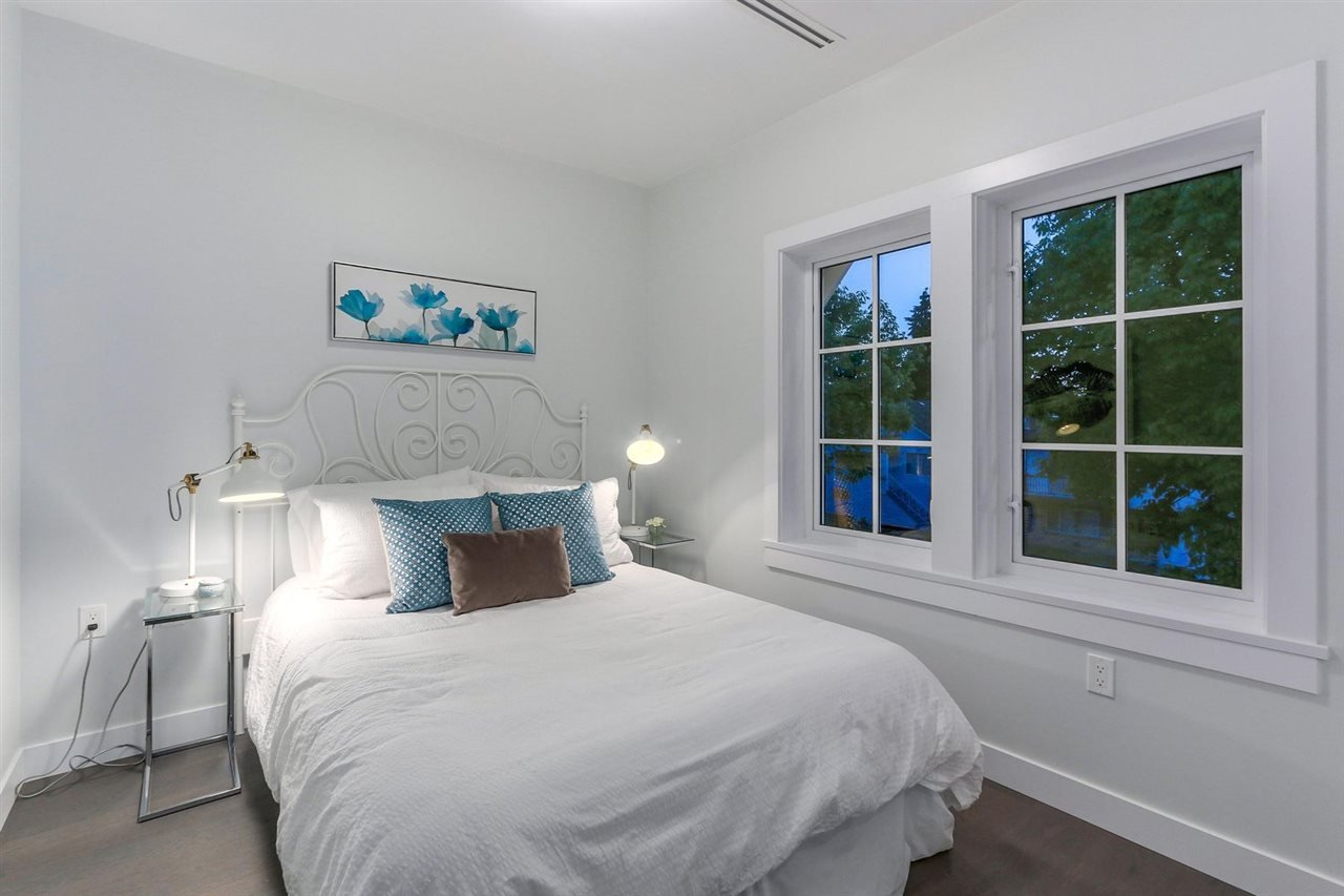 For Sale: 5206 Chester Street, Vancouver, BC | 7 Bed, 7 Bath House for $2,750,000. See 19 photos!
