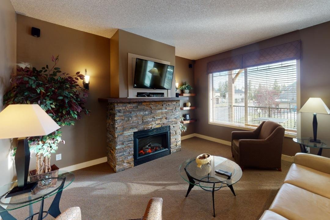 Condo for sale at 500 Bighorn Blvd Unit 521 Radium Hot Springs British Columbia - MLS: 2455254