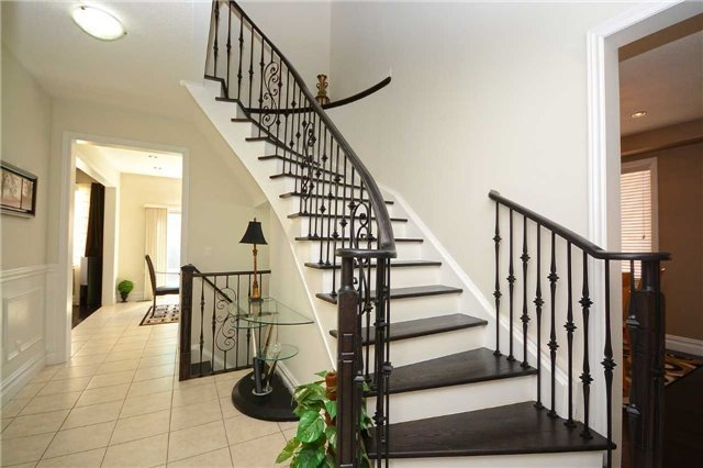 For Sale: 521 Bussel Crescent, Milton, ON | 4 Bed, 4 Bath House for $1,099,800. See 20 photos!