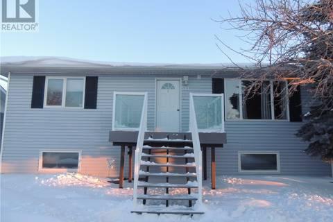 House for sale at 521 King St Estevan Saskatchewan - MLS: SK798259