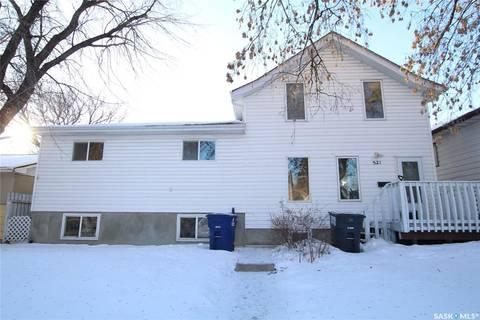 House for sale at 521 S Ave S Saskatoon Saskatchewan - MLS: SK799194