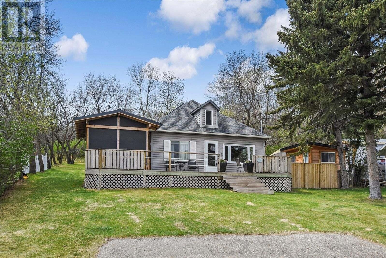 House for sale at 521 Tatanka Dr Buffalo Pound Lake Saskatchewan - MLS: SK809301
