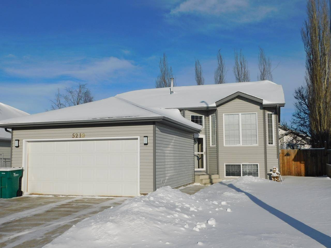 House for sale at 5210 47 Ave Gibbons Alberta - MLS: E4184601