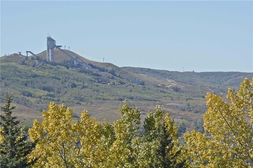 House for sale at 5211 23 Av NW Montgomery, Calgary Alberta - MLS: C4300062