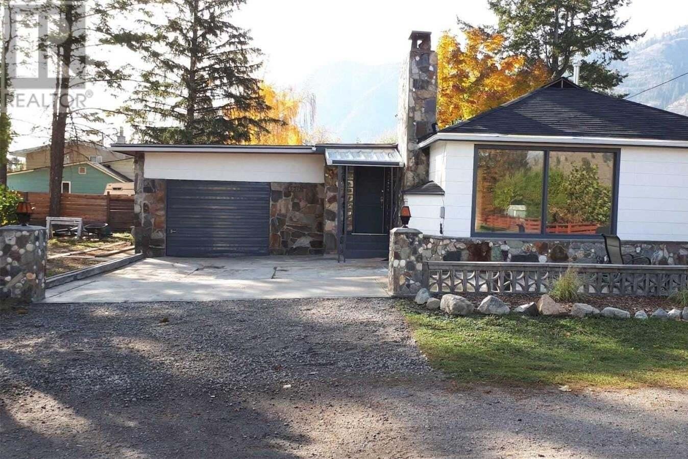 House for sale at 5213 10  Okanagan Falls British Columbia - MLS: X4745196