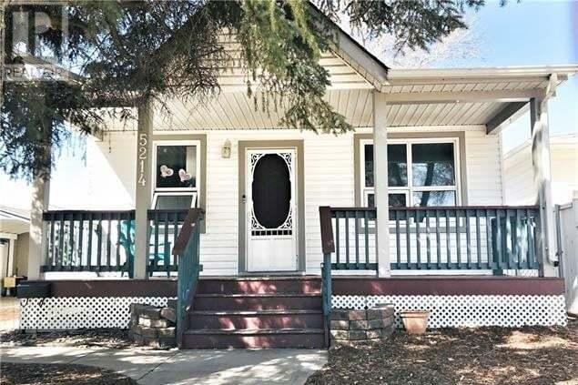 House for sale at 5214 52 St Camrose Alberta - MLS: ca0193181