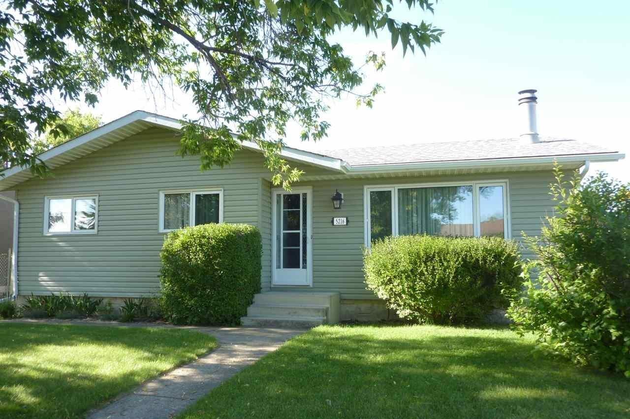 House for sale at 5216 51 Av Bruderheim Alberta - MLS: E4207617