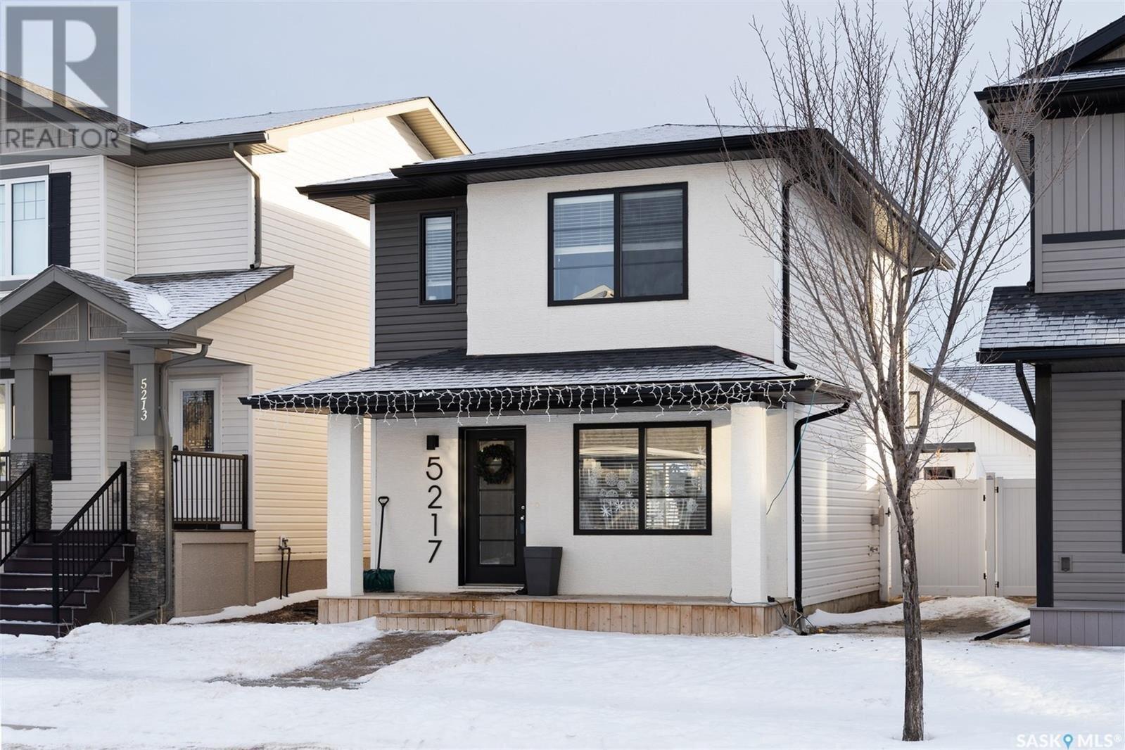 House for sale at 5217 Campling Ave Regina Saskatchewan - MLS: SK838829