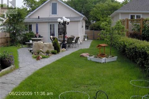 House for sale at 5218 54 St Camrose Alberta - MLS: ca0162101