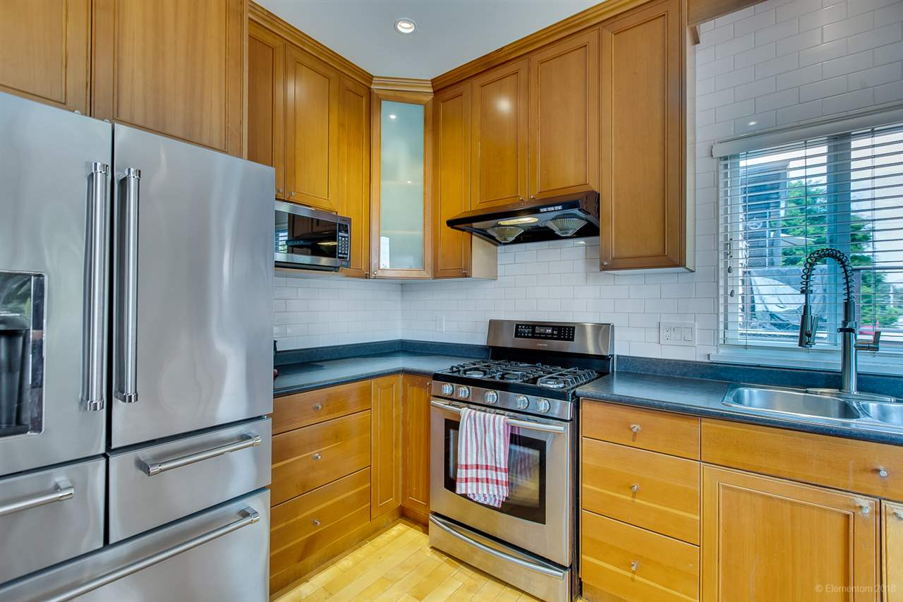 For Sale: 522 Amess Street, New Westminster, BC | 5 Bed, 5 Bath House for $1,499,000. See 20 photos!
